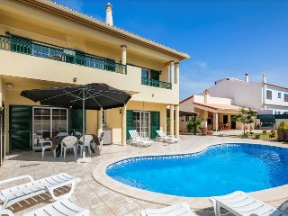 Lagoa Portugal Vacation Rentals - Villa