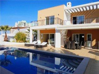 Alvor Portugal Vacation Rentals - Villa