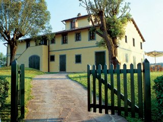 Marti Italy Vacation Rentals - Apartment