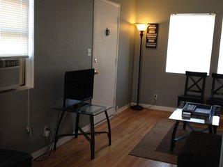 Champaign Illinois Vacation Rentals - Apartment