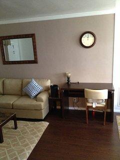 Furnished 1-Bedroom Apartment at Barrington Way & Lukens Pl Glendale