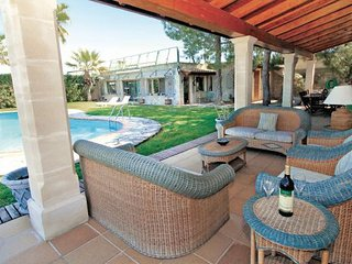 Buger Spain Vacation Rentals - Villa