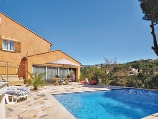 Les Issambres France Vacation Rentals - Villa