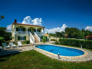 Kavran Croatia Vacation Rentals - Villa
