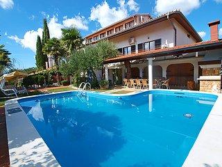 Kastel Croatia Vacation Rentals - Villa
