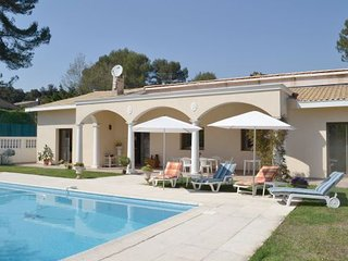 Roquefort les Pins France Vacation Rentals - Villa