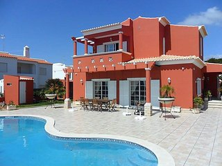 Porches Portugal Vacation Rentals - Villa