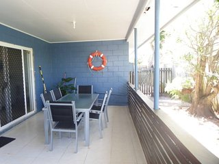 Currimundi Australia Vacation Rentals - Home
