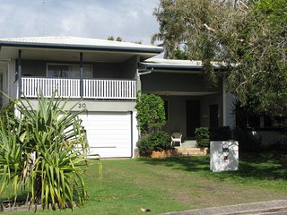 Dicky Beach Australia Vacation Rentals - Home