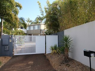 Kings Beach Australia Vacation Rentals - Home