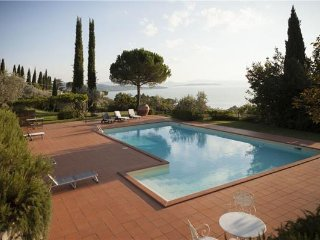 Passignano sul Trasimeno Italy Vacation Rentals - Villa