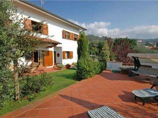 Uzzano Italy Vacation Rentals - Villa