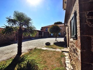 Santiago de Sisamo Spain Vacation Rentals - Home