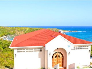 Serenity Villa with Pool - Grenada