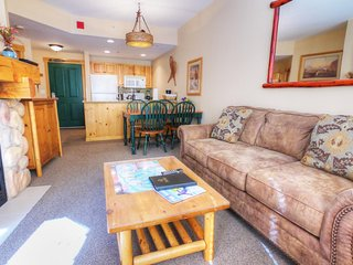 """SkyRun Property - """"TX212 Taylors Crossing"""" - Living Room - The sofa in the living roo pulls out to a queen size bed to sleep 2 additional people."""