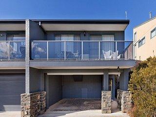 Jindabyne Australia Vacation Rentals - Home