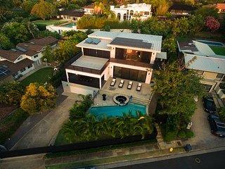 Honolulu Hawaii Vacation Rentals - Villa