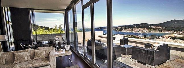 Hio Spain Vacation Rentals - Home
