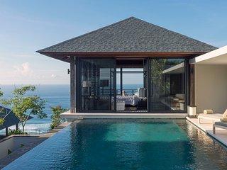 Villa Hamsa - Master bedroom pool view