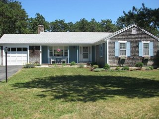 Ranch Style living - Exterior and view of front yard - 25 Charles Road South Harwich Cape Cod New England Vacation Rentals