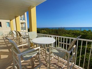 Gulf Front Balcony With Ample Seating Choices