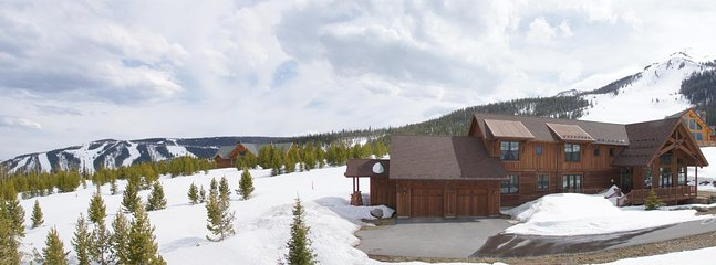Amazing Views in all Directions - Sauna for 4, Steam Room for 4 (1033)