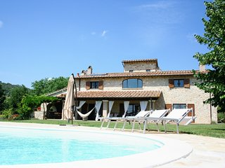 Amelia Italy Vacation Rentals - Home