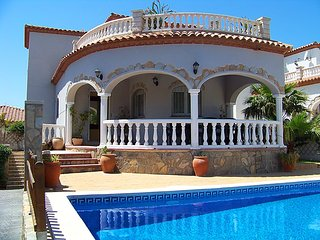 Miami Platja Spain Vacation Rentals - Villa
