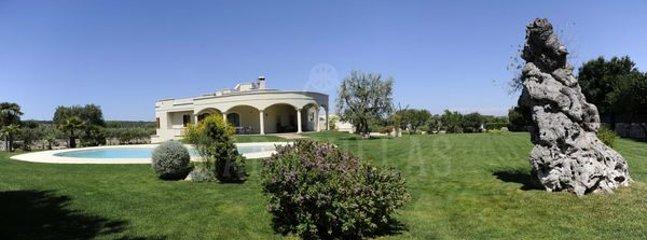 5 bedroom Villa in Ostuni, Apulia, Italy : ref 2387095