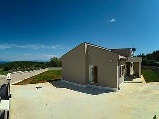 Kavran Croatia Vacation Rentals - Villa