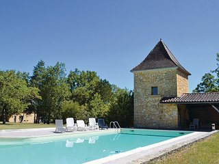 Sainte Alvere France Vacation Rentals - Villa