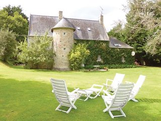 Les Oubeaux France Vacation Rentals - Villa