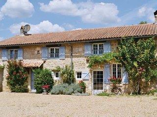 La Chapelle-Faucher France Vacation Rentals - Villa