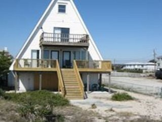 Seaside Cottage - Oceanfront vacation home