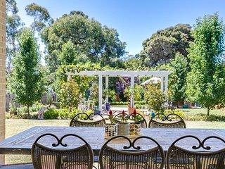 McCrae Australia Vacation Rentals - Home