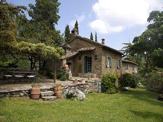 Camucia Italy Vacation Rentals - Villa