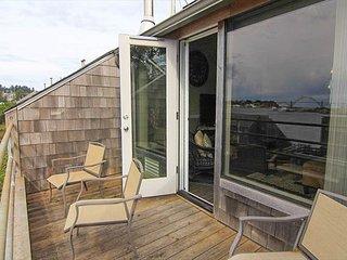 Newport Oregon Vacation Rentals - Apartment