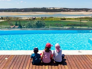 Stunning views make the pool area of A Lagoa a holiday focus!