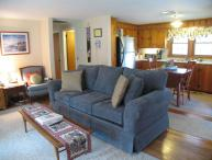 DOG FRIENDLY lovely home with Central A/C - HA0196