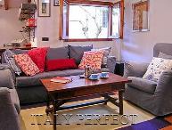Perfect Big Comfy-Great Oltrarno Location near Shopping & Restaurants-Toscanella