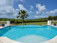 Very private villa with swimming pool and sunset ocean views. C BAS