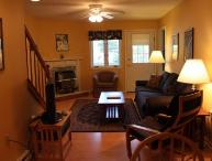3BR condo with King/Queen beds, fireplace - C3 330C
