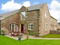 NO 4 MURTON WHITE HOUSE, pet friendly, with a garden in Berwick-Upon-Tweed, Ref 2541
