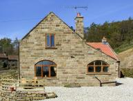 THE ARCHES, pet friendly, character holiday cottage, with a garden in Farndale , Ref 1391