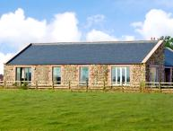 THE LONG BARN, pet friendly, country holiday cottage, with a garden in Berwick-Upon-Tweed, Ref 2642