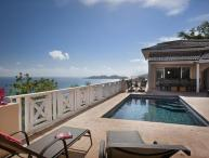 Island perfection for couples or a family- beautiful long- distance panoramas. MAT SUH