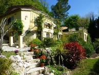 Les Roches Fleuries 3 Bedroom Vacation Rental with a Garden and Balcony