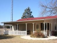 M's Little House
