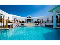 Luxury 7 bedroom Turks and Caicos villa. Gorgeous beachfront property!