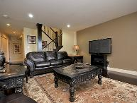 Luxurious Victoria Inner Harbour Executive 3 Bedroom Townhouse